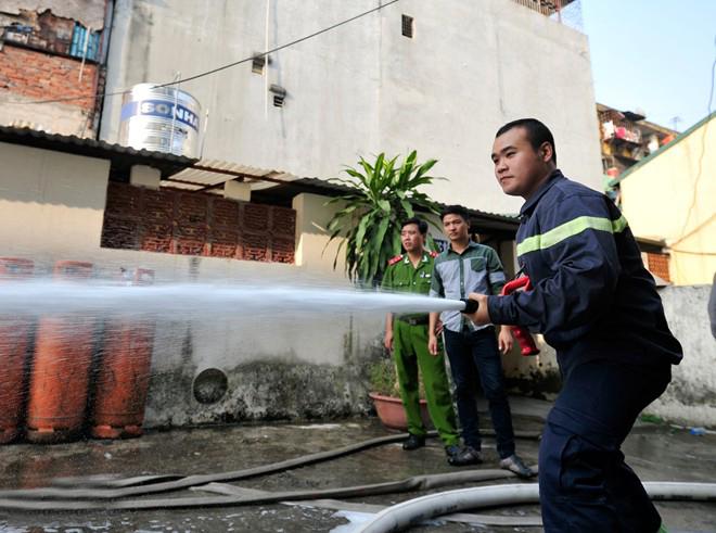 Hệ thống ống phun nước